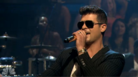 """Robin Thicke """"Blurred Lines (Live On Jimmy Fallon)"""" Video"""