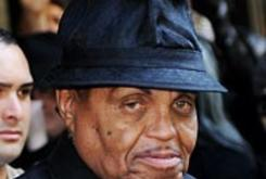 Joe Jackson Heads to Cannes