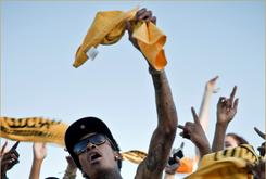 "Behind The Scenes Photos Of Wiz Khalifa's ""Black & Yellow"" Video Shoot"