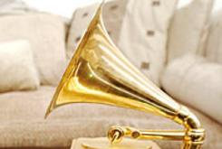 Grammy Awards Cut Hip-Hop & R&B Categories for 2012