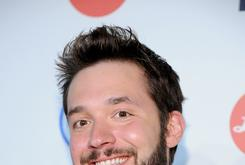 "Alexis Ohanian Crowned The World's ""Luckiest Nerd"" Upon Engagement To Serena Williams"