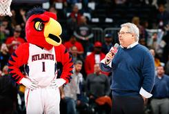 """Hawks CEO To Pay For Wedding Of Couple That Met At """"Swipe Right Night"""""""