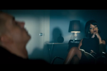 "Eminem Feat. Rihanna ""The Monster"" Video"