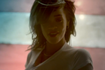 """Rihanna Previews New Song """"American Oxygen"""" In March Madness Commercial"""
