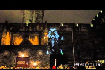 """Kanye West """"""""New Slaves"""" Projection In Philly"""" Video"""