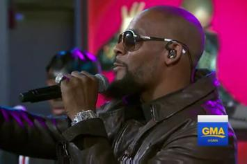 """R. Kelly Performs """"Backyard Party"""" & """"Ignition (Remix)"""" On GMA"""
