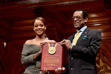 "Rihanna Accepts Harvard's ""Humanitarian Of The Year"" Award"
