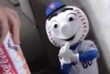 "New York Mets Fire Mascot ""Mr Met"" For Giving Fans The Middle Finger"