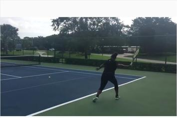 Serena Williams Still Playing Tennis While 7 Months Pregnant