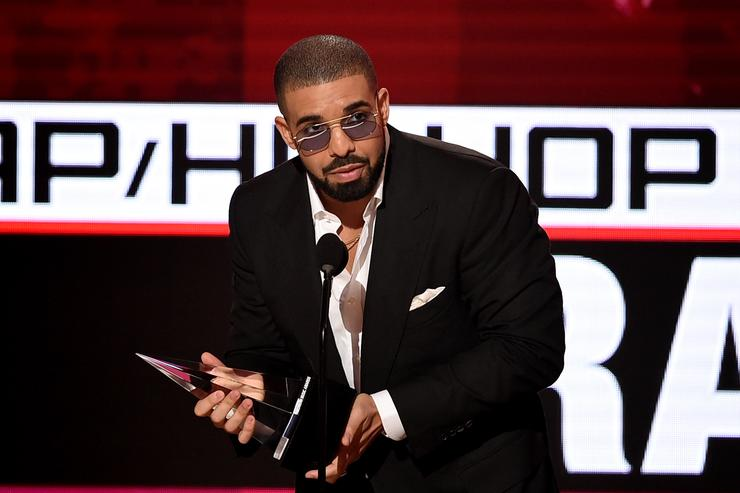 Drake's Pro-Canada Los Angeles Billboard Makes Headlines Again