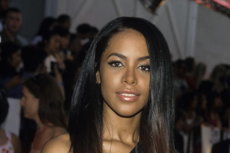 Aaliyah  2000 MTV Movie Awards at Sony Studios