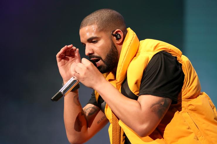 Drake 2017 Coachella Valley Music And Arts Festival - Weekend 1 - Day 2