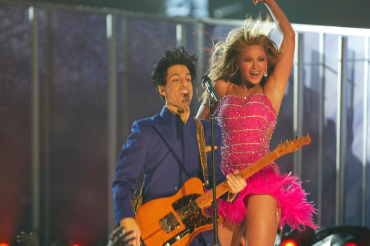 Beyonce breaks silence on Prince's legacy in new book