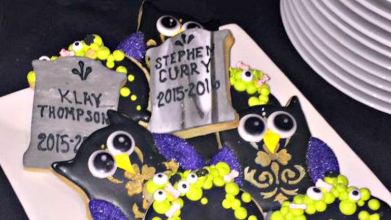 a86b42684fb9 Even The Cookies At LeBron James  Halloween Party Were Trolling The ...